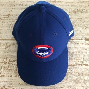 Fitted Blue Chicago Cubs Hat